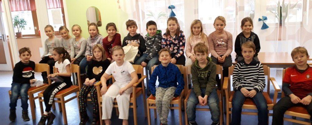 Druháčci navštívili babičky a dědečky v pečovatelském domě